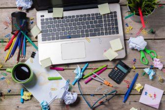 Kaspersky Lab Clutter Report Schreibtisch
