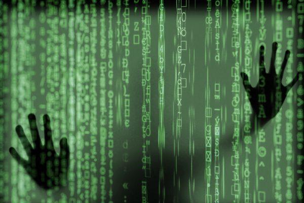 hacker Bild von S Hermann F Richter auf Pixabay