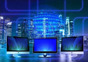 monitor vs Gerd Altmann auf Pixabay